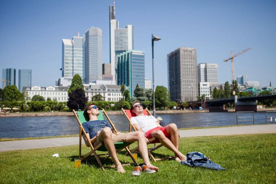 bild zu warmes wetter in frankfurt und rhein main endlich sommer bild 1 von 1 faz. Black Bedroom Furniture Sets. Home Design Ideas