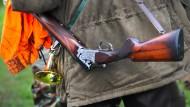 Aufgespürt: Im Zuge einer Treibjagd haben Jäger in der Nähe von Ranstadt in der Wetterau menschliche Knochen gefunden (Symbolbild)