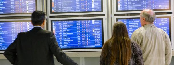Ein Flug nach nirgendwo:Die Lufthansa strich Dutzende Verbindungen.