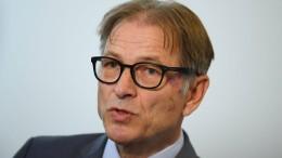 Opferbeauftragter der Hessischen Landesregierung tritt Amt früher an