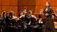 """Ernstfall """"Jeremia"""": Edna Prochnik und das Nationaltheater-Orchester"""