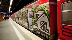 Bahn will Nahverkehr in Hessen sauberer machen