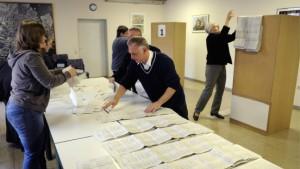 Gähnende Leere im Wahllokal
