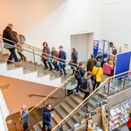 Aufstieg: Treppenhaus am Haus am Dom in Frankfurt am Langen Tag des Buchs 2018