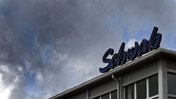 Versandhändler Schwab baut 240 Arbeitsplätze ab