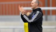 Trainer Matt Ross ist um die ganze Welt getingelt, bevor er beim FFC Frankfurt anheuerte.