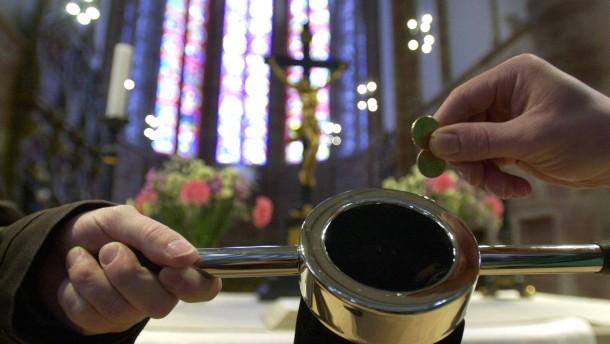 Protestanten sparen trotz hoher Einnahmen