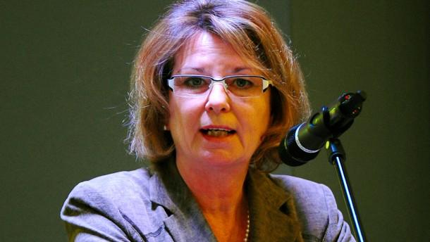 Ministerin will Hessens Öko-Bauern helfen