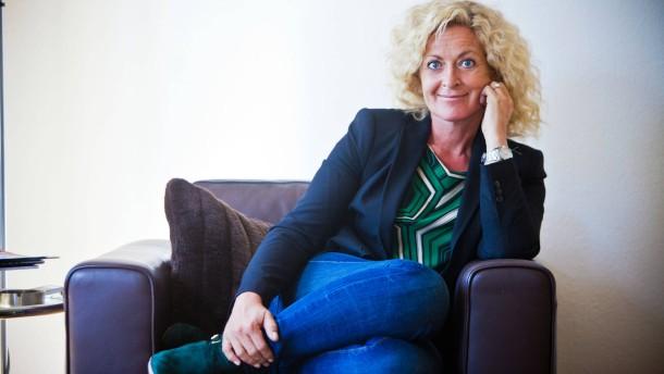Susanne Fröhlich - Die hessische Autorin spricht in Schmitten-Oberreifenberg im Taunus mit Jaqueline Vogt.