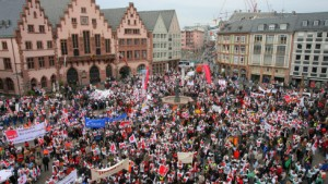 18.500 Gewerkschafter in Hessen im Ausstand