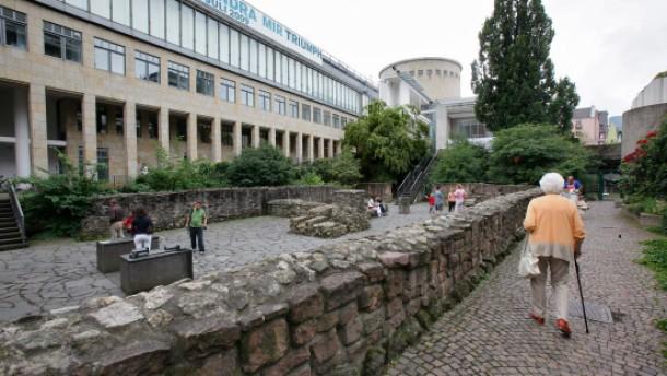 Kämmerer Becker stellt Pläne für Stadthaus in Frage
