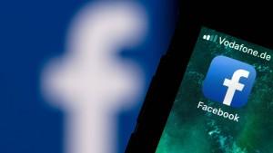 61 Jahre alter Mann gesteht Hasskommentare auf Facebook