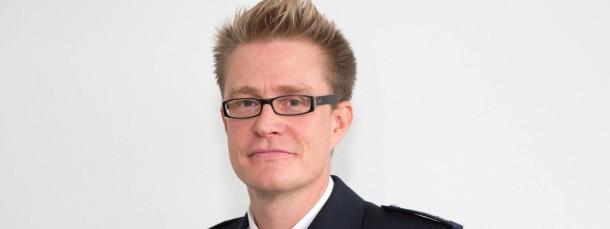 """Als """"Schutzmann vor Ort"""" bietet sich der 39 Jahre alte Polizeioberkommissar in Bad Homburg als Ansprechpartner: Peter Hoffmann"""