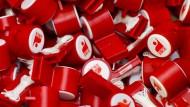 Anpfiff zur Tarifrunde: 4,8 Prozent mehr Geld für die Beschäftigten will die Chemiegewerkschaft IG BCE aushandeln