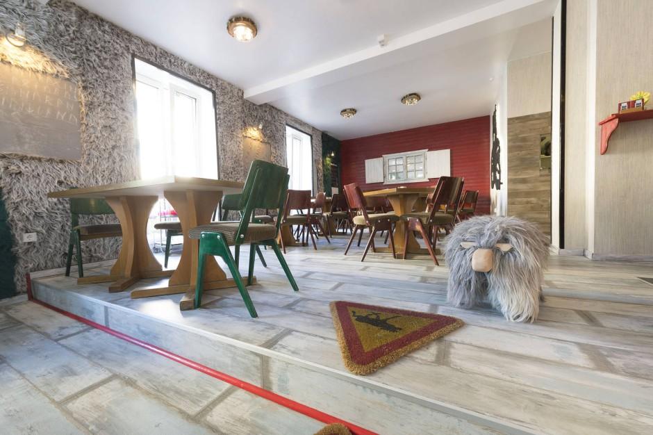 der lokaltermin butterbrot und elchgulasch. Black Bedroom Furniture Sets. Home Design Ideas