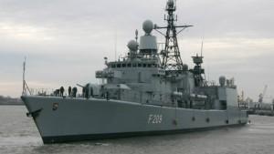 Erstmals setzen deutsche Soldaten Piraten fest