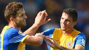 Klare Siege für Bochum und Braunschweig