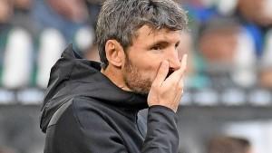 Wolfsburg entlässt Trainer van Bommel schon wieder