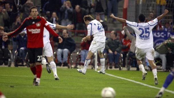 Leverkusen verspielt die Tabellenführung