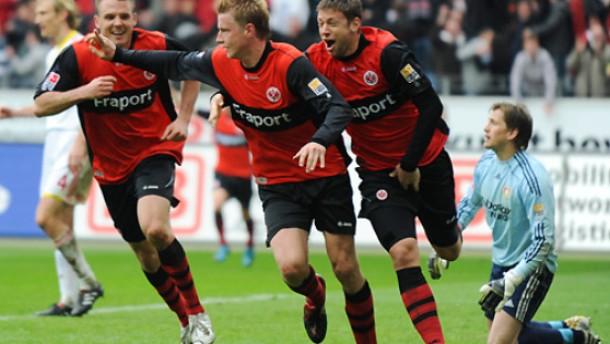 Ein Tor des Monats schockiert Leverkusen