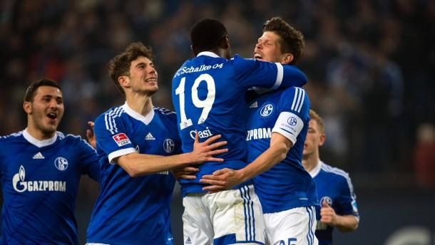 Schalke setzt Dortmund unter Druck