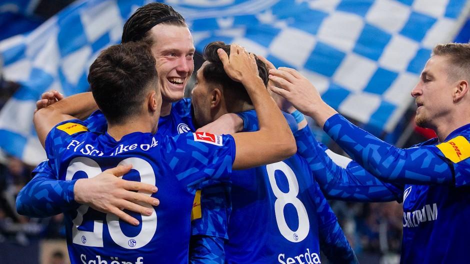 Erster Einsatz, gleich ein Tor: Michael Gregoritsch (Zweiter von links) freut sich mit seinen Mitspielern.