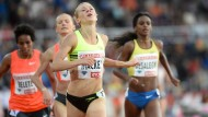 Die Amerikanerin Katie Mackey siegt über 3000 Meter