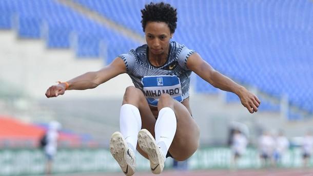 "Malaika Mihambo springt in ""Sieben-Meter-Klub"""