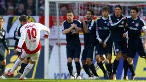 Podolski bremst die Bayern