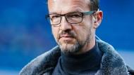 So einfach, wie von Fredi Bobic gewünscht, wird sein Abgang bei Eintracht Frankfurt nicht.