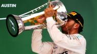 Jetzt wird so richtig gefeiert: Lewis Hamilton ist wieder Formel-1-Champion.