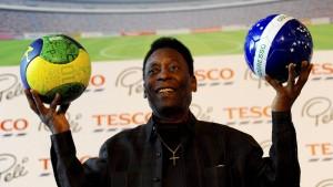 Pelé bekommt Nierendialyse