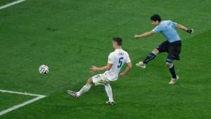 Suarez 2, Rooney 1 - alle Tore im Video