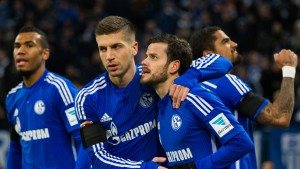 Schalke gewinnt das Spiel um Platz drei