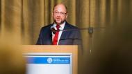 Schulz mahnt stärkere Sportbeachtung in der Politik an