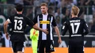 Treffer gegen das Beamtentum: Christoph Kramer (Mitte)