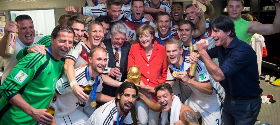 Deutsche FuГџball Olympiamannschaft