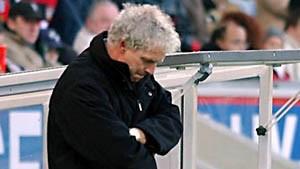Calmund entlässt Toppmöller - Kantersieg für FC Bayern
