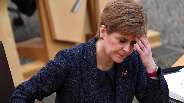 Selbst Schottlands Regierungschefin Sturgeon ist fassungslos