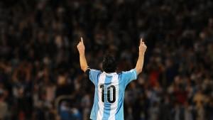 Doppelter Messi, glücklicher Klinsmann