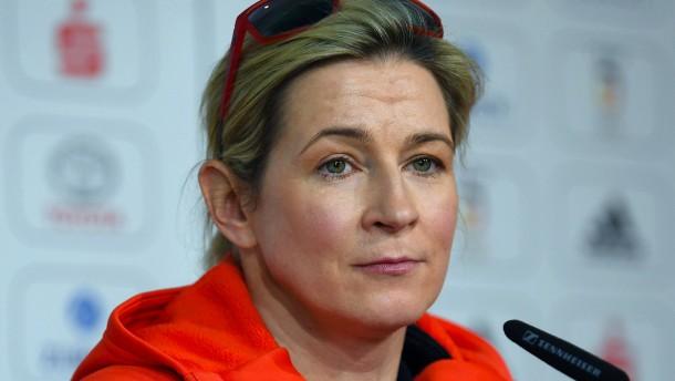 Pechstein erwägt Absage ihrer WM-Starts