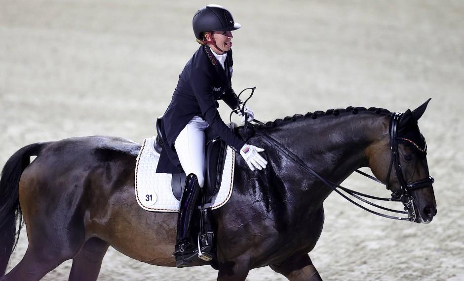 Derzeit unschlagbares Duo: Jessica von Bredow-Werndl auf  Dalera
