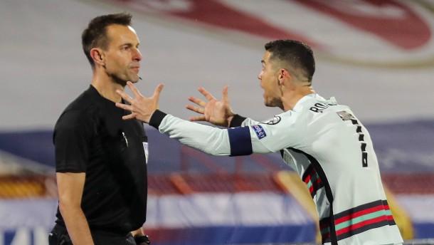 Ronaldo nach Torklau bedient