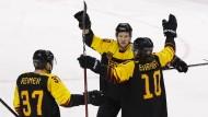 Gelingt den deutschen Eishockey-Spielern etwa auch der Einzug ins Finale bei Olympia?