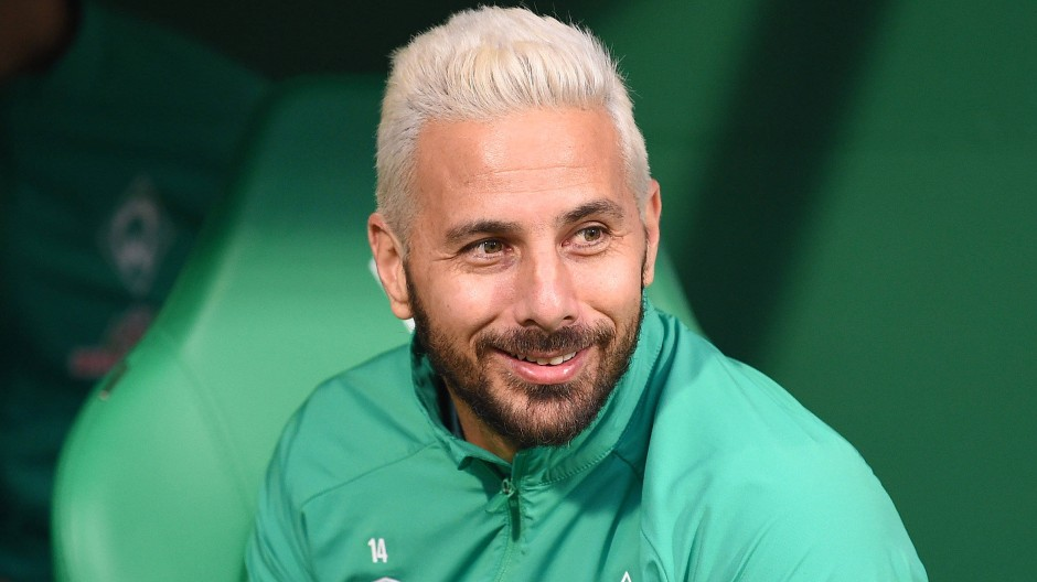 Spät erblondet: Werder-Profi Claudio Pizarro