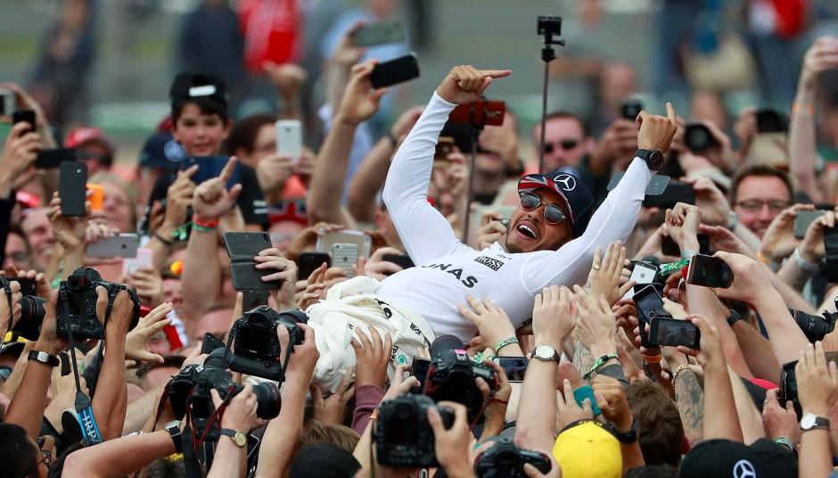 Der Brite ließ sich von den Fans feiern wie ein Popstar.