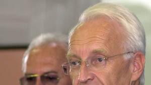 Clement kritisiert Wettbewerbsverzerrung - Stoiber kontert