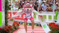 Am Ziel seiner Träume: Triathlet Jan Frodeno knackt den Weltrekord.