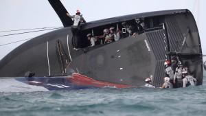 Segel-Unfall nach schwerer Fehlentscheidung
