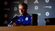Fast schon angsteinflößend: Mourinho auf einer Pressekonferenz